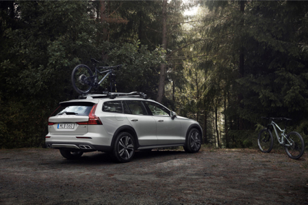 Volvo-V60-Cross-Country-3.jpg