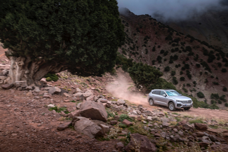 Touareg-Offroad-Action-2-copy.jpg