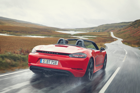 Porsche-718-Cayman-T-and-Boxster-T-2.jpg