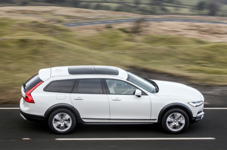 Volvo-V90-Cross-Country--copy.jpg